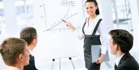 """Обучающий курс по бухгалтерскому учету и налогообложению в учебном центре """"Профессионал""""."""