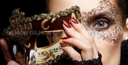 Маникюр и педикюр с покрытием гель-лаком, наращивание ногтей в салоне красоты Стиль.